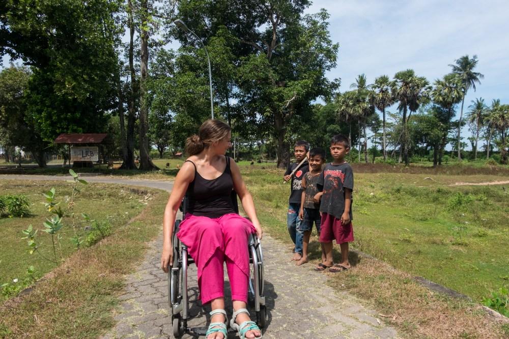 Random encounters when strolling in Sulawesi (Indonesia).
