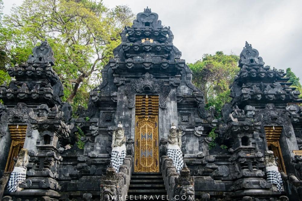 Temple Goa Lawah, Bali.
