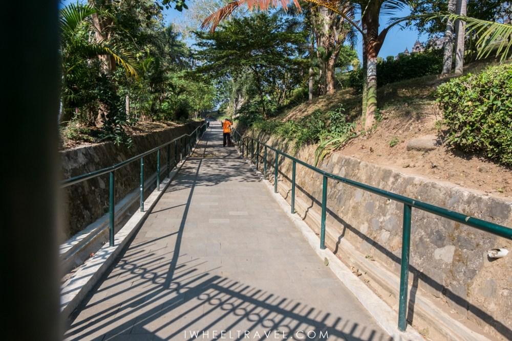 Borobudur handicap fauteuil roulant