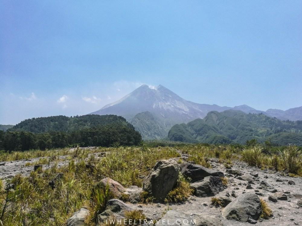 "Volcan ""Gunung Merapi"", Java, Indonésie."
