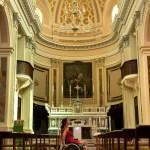 fauteuil roulant église Locorotondo