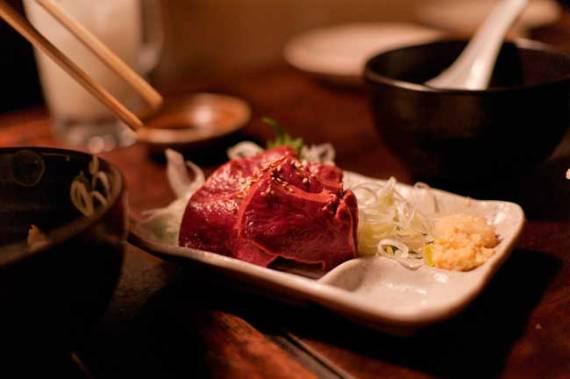 chopstick etiquette japan