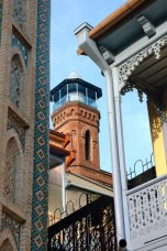 Guided walking tour of Tbilisi iwinetc 2014