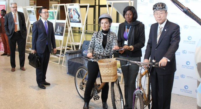 Photo caption: Christiana Figueres, executive secretary of the UNFCCC, right, and UN Secretary-General, Ban Ki-moon, pose with bamboo bicycles from Ghana at the climate summit in Warsaw on Wednesday, Nov. 20, 2013. Taiwan's Caribbean allies have called for the nation's inclusion in the talks. (IWN photo)