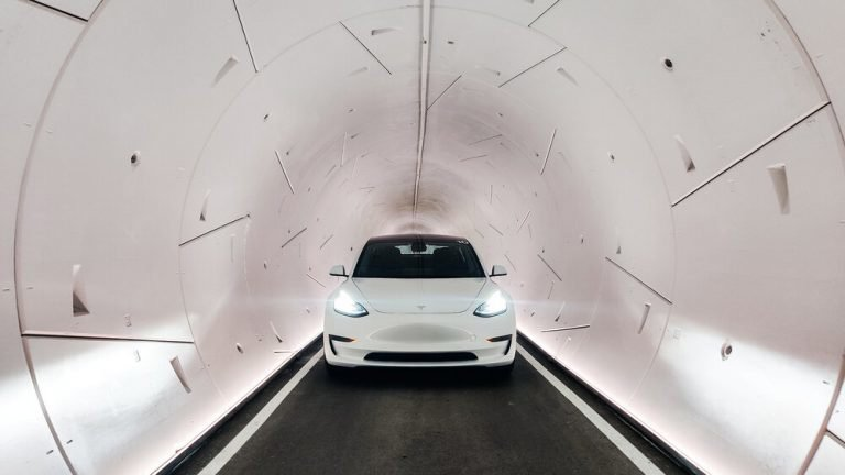 Тоннели под Лас-Вегасом, построенные компанией Илона Маска, запущены в коммерческую эксплуатацию