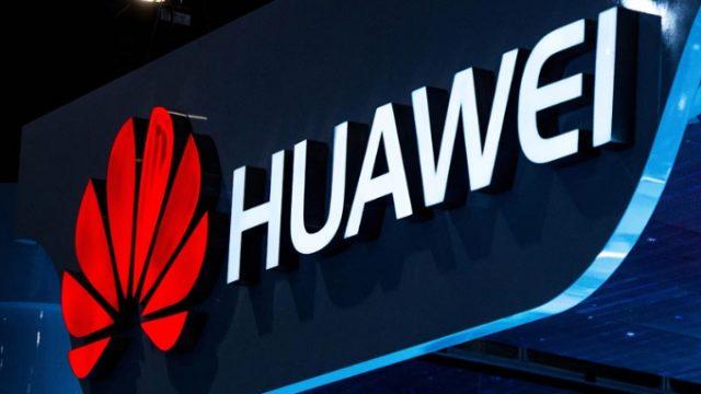 Продажи на китайском рынке смартфонов снизились впервые за полтора года