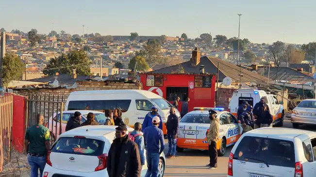 City Power staff held hostage by Alexandra community after blackout