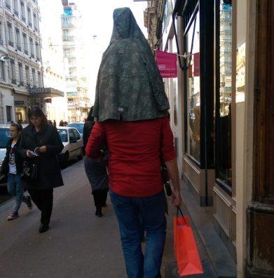 Calmez-vous, calmez-vous - Crédit photo izart.fr