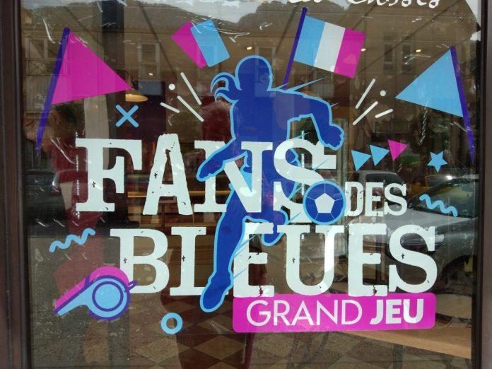 Les bleues en voient de toutes les couleurs - Crédit photo izart.fr
