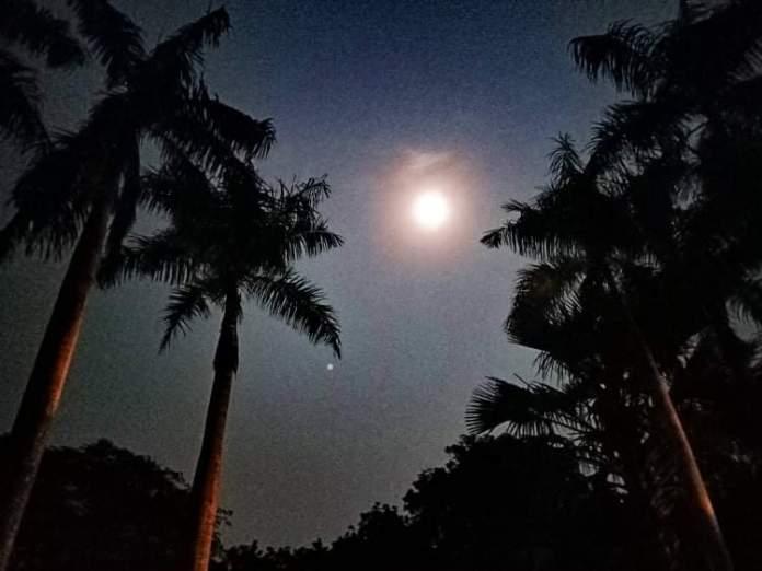 Après ce bain de pleine lune - Crédit photo izart.fr
