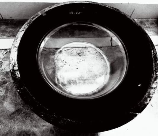 Du hublot au four solaire - Crédit photo izart.fr