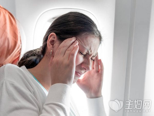 飛機起飛時耳鳴耳疼的解決方法有哪些_科普網