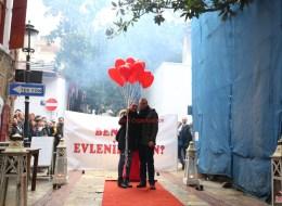 Tarihi Asansör'de Evlenme Teklifi Organizasyonu