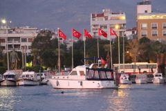 Günlük tekne kiralama izmir tekne kiralama 6 - Günlük Tekne Kiralama