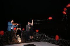 Mutluluk Teknesi Evlenme teklifi Organizasyonu Ruken Mehmet 10 - Mutluluk Teknesi'nde Kemanlı Evlilik Teklifi Organizasyonu