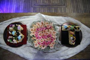 Mutluluk Teknesi'nde Butik Pastalar