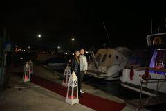 izmir tekne kiralama 21 - Teknede Doğum Günü Organizasyonu Ve Sevgililer Günü Kutlama Organizasyonu