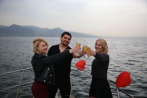 İzmirde Tekne Kiralama