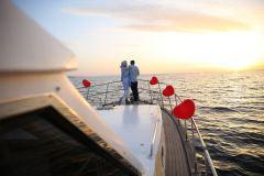 havai fisek esliginde surpriz evlenme teklifi organizasyonu izmir tekne kiralama - Havai Fişek Eşliğinde Evlenme Teklifi Organizasyonu