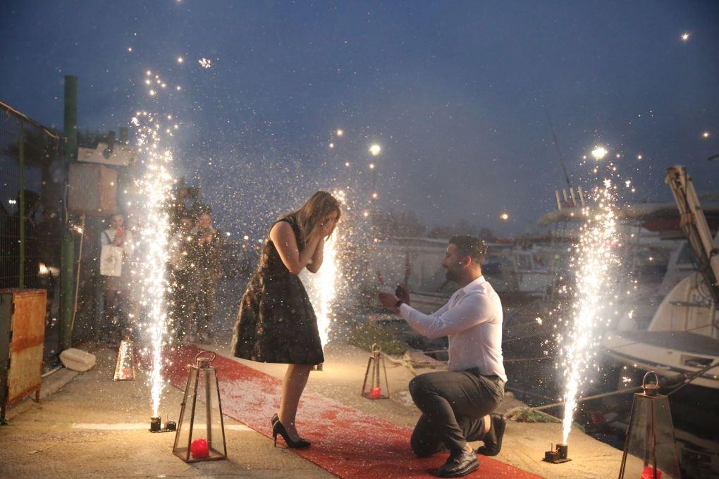Teknede Suni Kar İle Evlenme Teklifi Organizasyonu