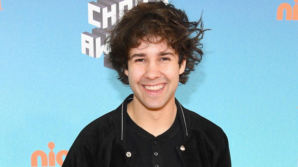 Youtuber David Dobrik Cries In Kids Choice Awards Vlog