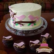 (309) Love Birds Bridal Shower Cake & Cupcakes