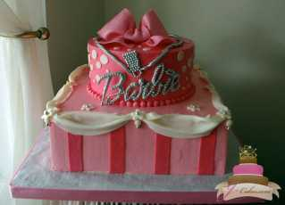 (434) Barbie Birthday Cake