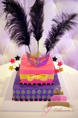 (921) Pink and Purple Masquerade Sweet 16 Cake