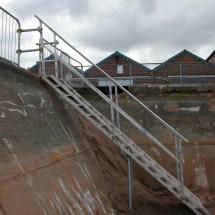 Site Stairs & Embankments - -safe Temporary Leading