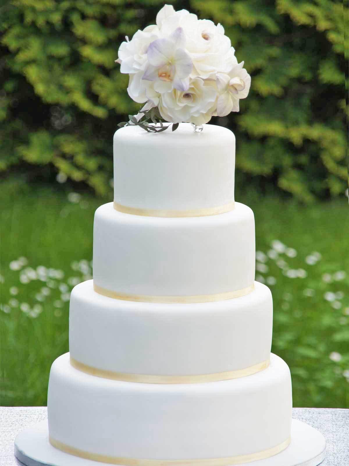 HochzeitsTorte Brautstrau auf Jade