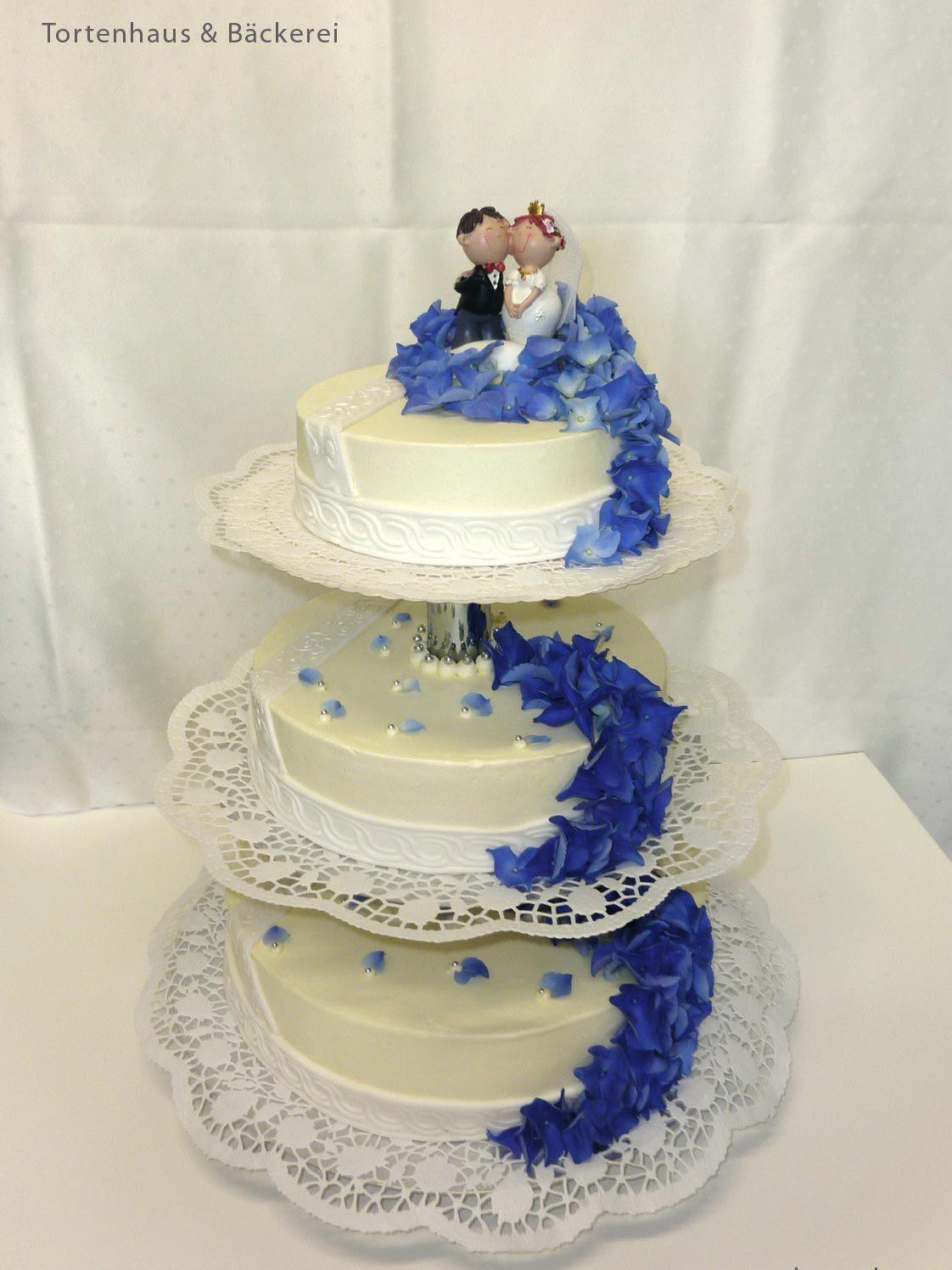 HochzeitsTorte Blauer Akzent auf Jade