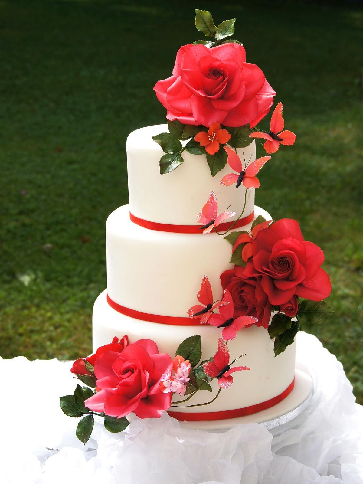 HochzeitsTorte Rote Rosen auf Jade