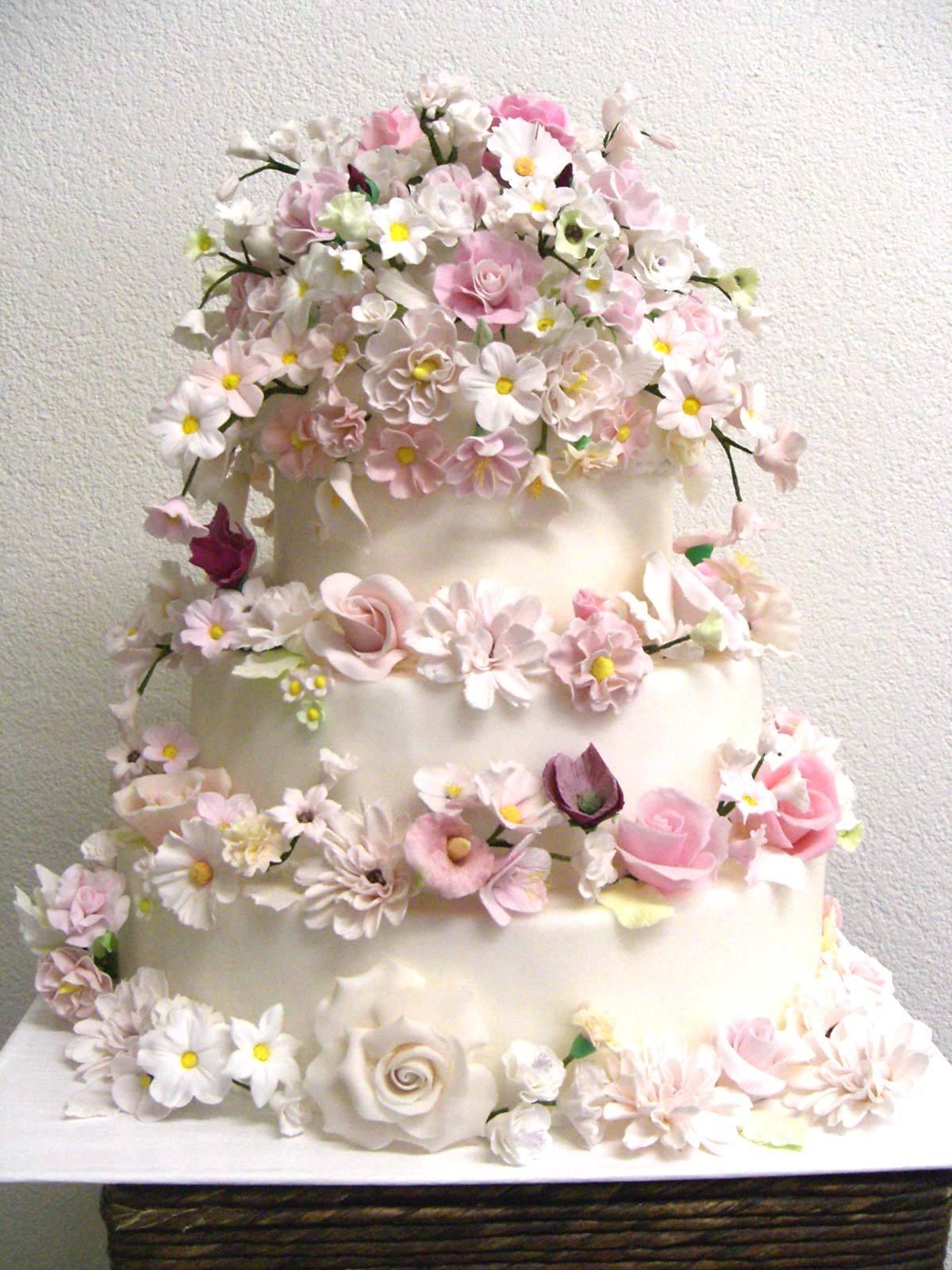 HochzeitsTorte Rosa Blten auf Jade