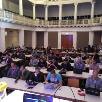Attendees in Flynn's Container session