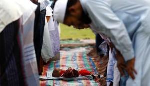 217553_umat-islam-di-colombo--sri-lanka--melaksanakan-shalat-ied_663_382