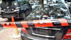 240015_kpk-kembali-sita-mobil-milik-wawan_663_382