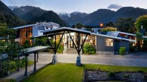 Scenic Hotel Franz Josef Glacier - Luxury In West
