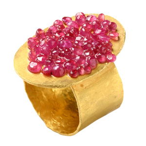 Karl Fritsch 'Rubyring no.418' 2004 Ring - goldplated silver, rubies, epoxy