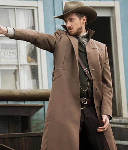 legends-of-tomorrow-rip-hunter-coat