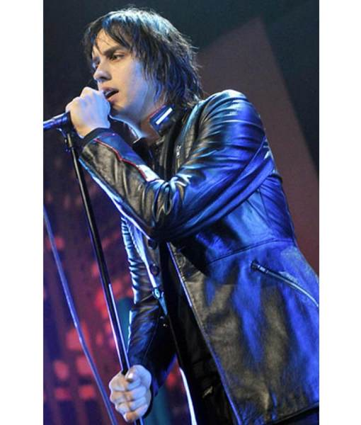 concert-julian-casablancas-leather-jacket