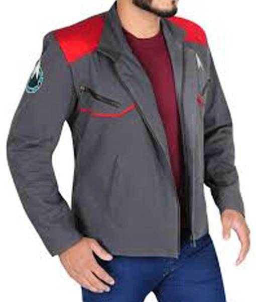 zachary-quinto-star-trek-beyond-jacket