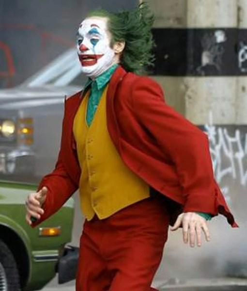 2019-joker-red-coat