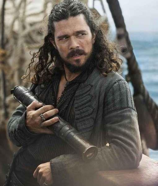 black-sails-john-silver-coat