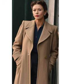 catherine-zeta-jones-dads-army-rose-winters-coat