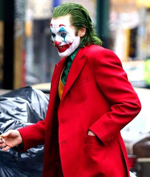 joaquin-phoenix-joker-coat
