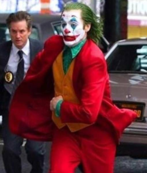 origins-joaquin-phoenix-2019-joker-red-coat