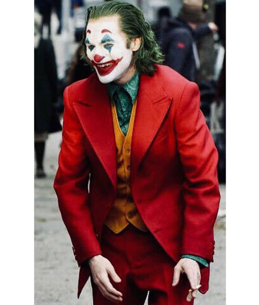 origins-joaquin-phoenix-joker-red-coat