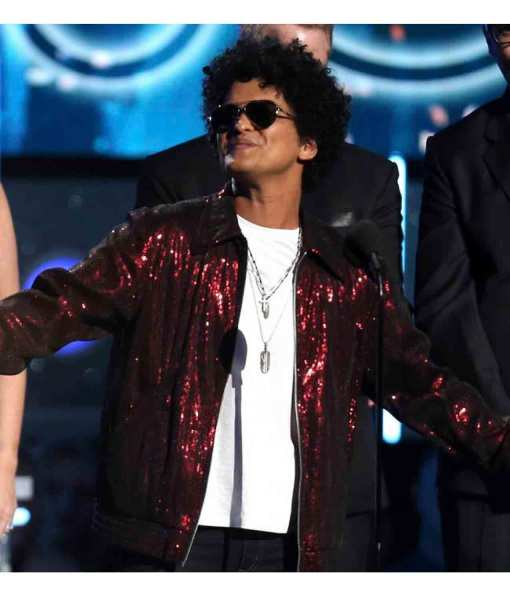 60th-annual-grammy-awards-bruno-mars-red-jacket