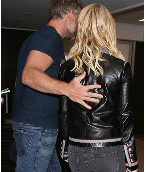 jessica-simpson-striped-jacket-lax-airport-in-los-angeles