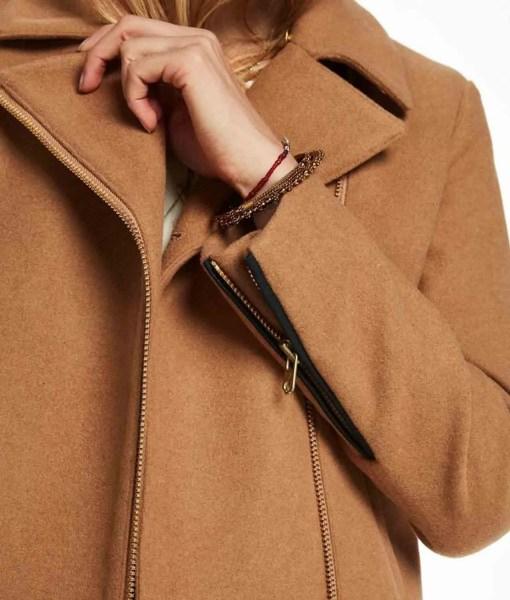 lili-reinhart-riverdale-betty-cooper-brown-jacket